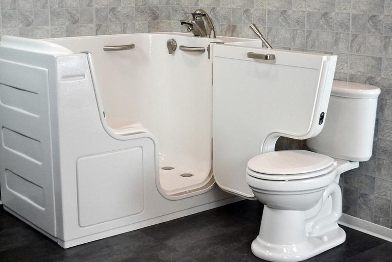 Ten Drawbacks of Regular Bathtubs for Seniors
