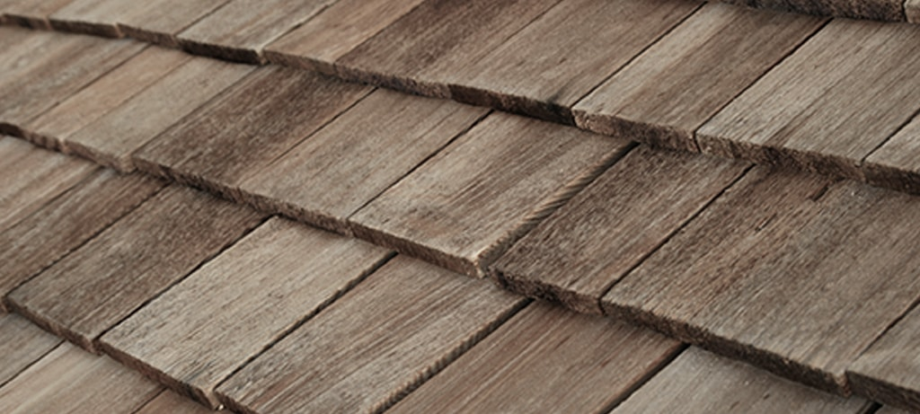 The Difference Between Cedar Shakes & Shingles